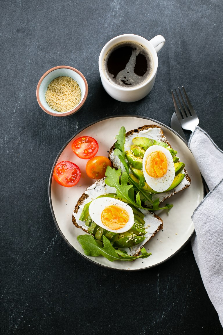 Avocado Toasts With Cottage Cheese, Eggs and Arugula